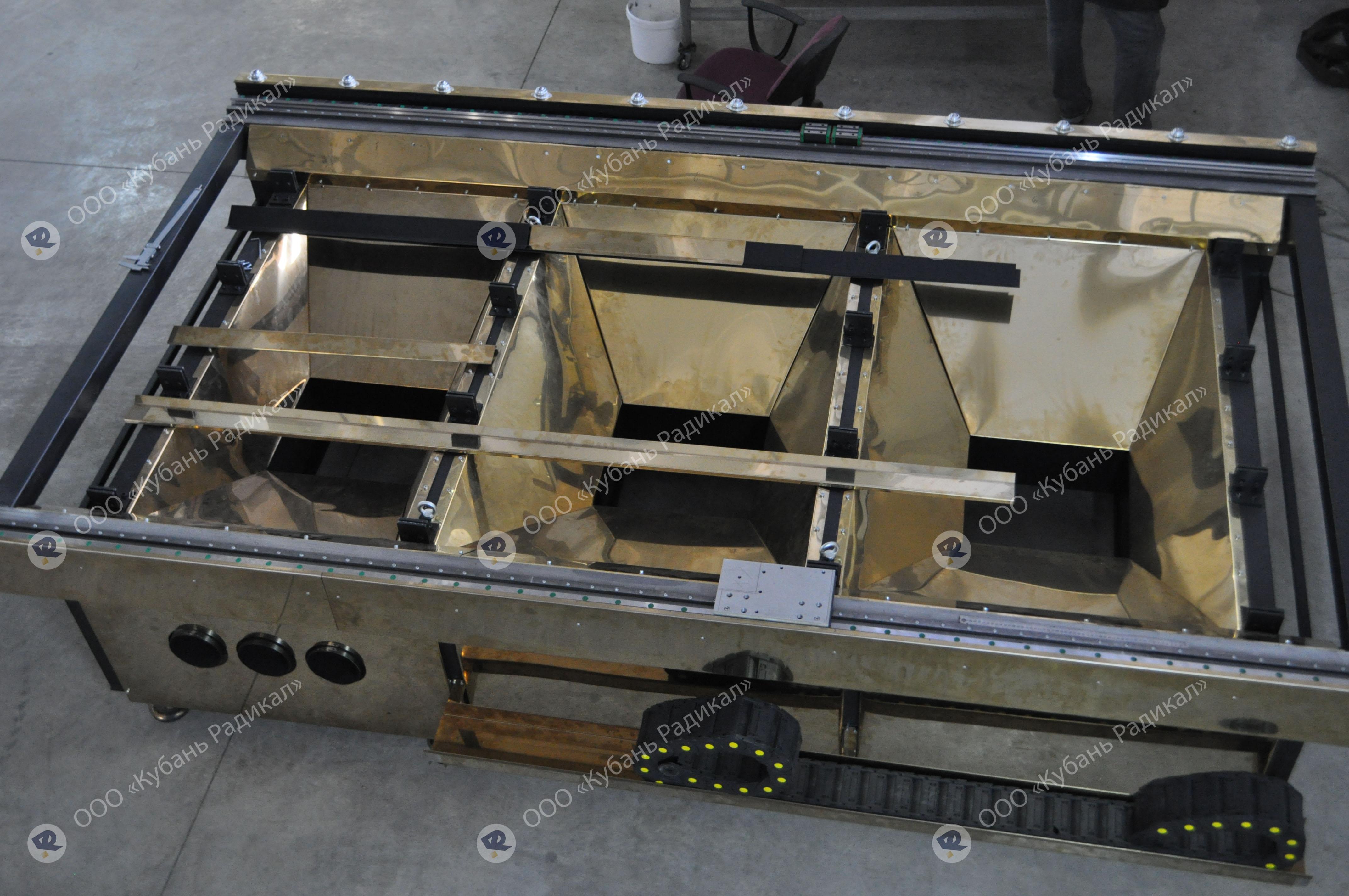 Процесс сборки станка лазерной резки